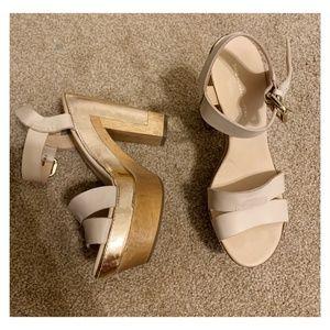 Diane Von Furstenberg Platform Sandals / Size 6